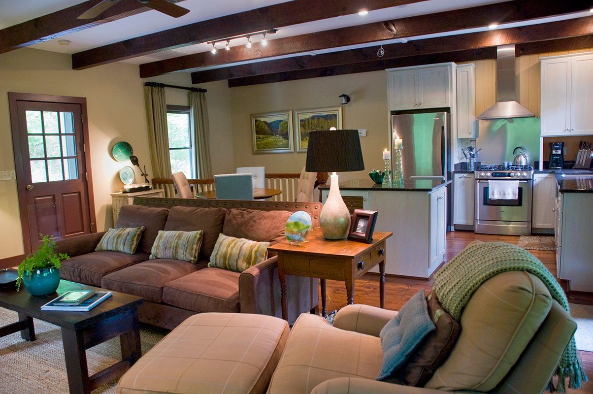 Riverfront Cottage Living area