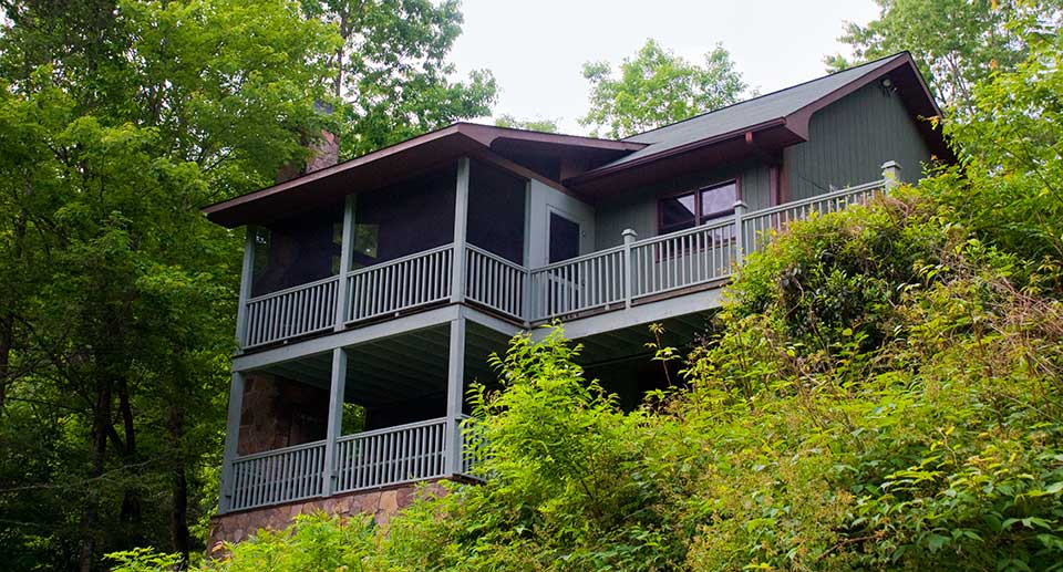 Secluded Luxury Waterfront Cabins, Brevard NC - Riverfront Cabin